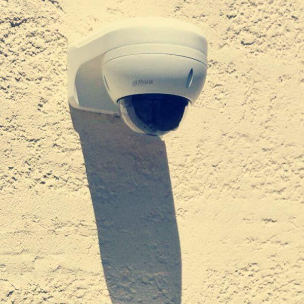 pose de-caméra de surveillance d'entreprise à Montpellier