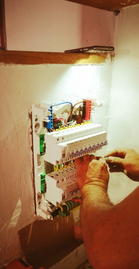artisan électricien à saint jean de vedas