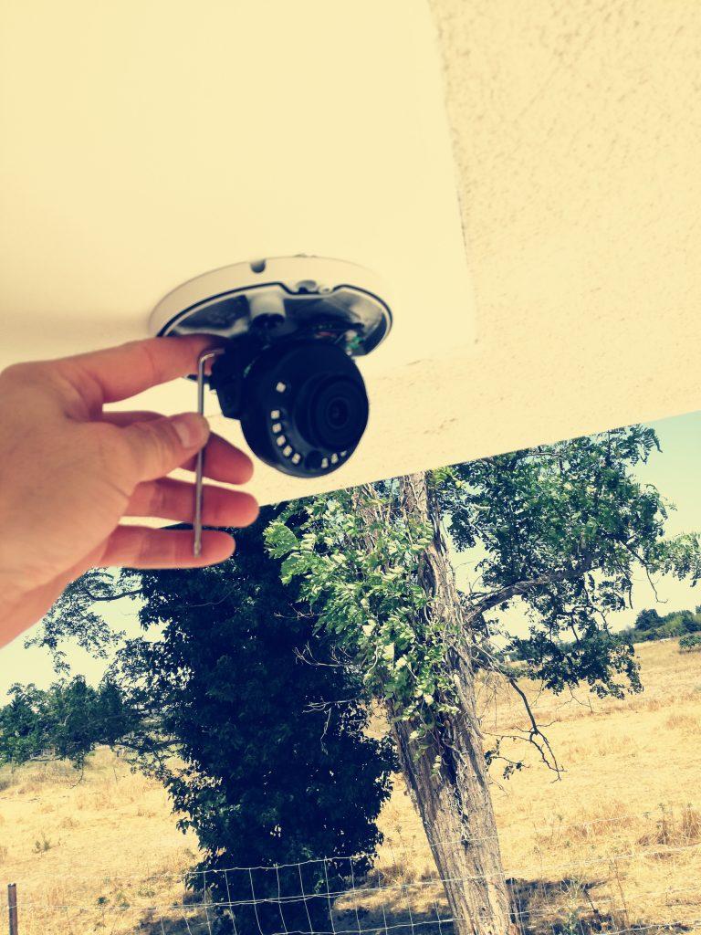 installation caméras de surveillance à lattes