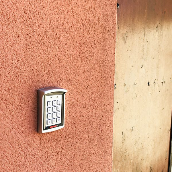 Installation Controle D Acces Professionnel A Lunel
